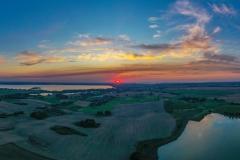 z widokiem na jezioro Niegocin (w oddali) oraz Kąpskie