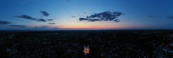 Widok na bazylikę w Pszowie